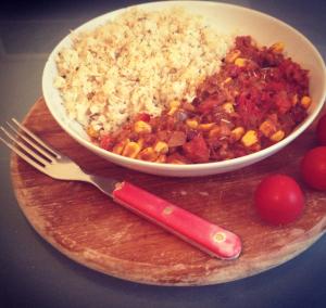 vegan chili with cauliflower rice